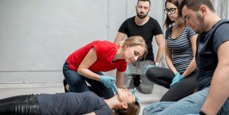 Emergency First Aid i